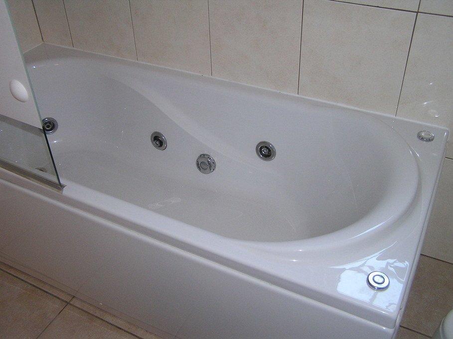 Whirlpool-Badewanne